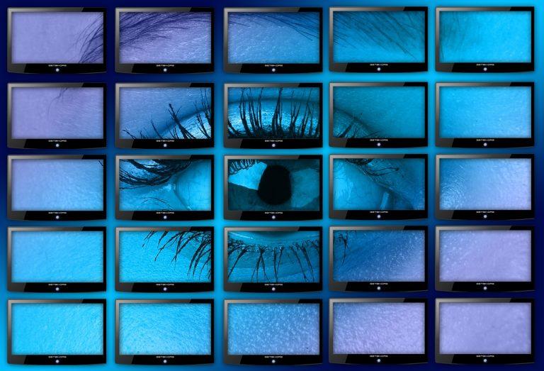 Por que devo optar por um vídeo wall e não uma tela de projeção?